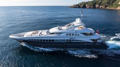 The 44 metre motor yacht Sibelle, jointly listed for sale by Ocean Independence and SuperYachtsMonaco, has had a further €1,500,000 price reduction.