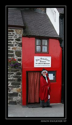 Smallest-house-in-Great-Britain by Faulkvalley, via Flickr, Conwy, Wales