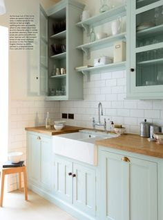 deVOL was thrilled to see the Pimlico Classic Kitchen in Period Living's April 2017 magazine!