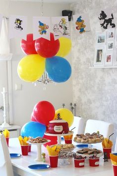 Bamse-kalas! Baby Boy 1st Birthday Party, Baby Party, 8th Birthday, Happy Birthday, Birthday Decorations, Kids Meals, Creative, Holiday, Oscars