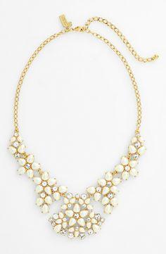 'mini bouquet' statement necklace