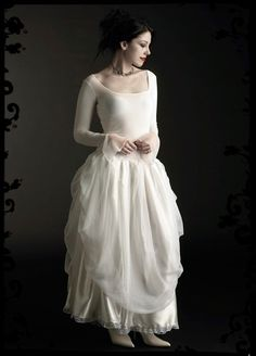 Hey, I found this really awesome Etsy listing at https://www.etsy.com/listing/53976164/ivraie-fairy-wedding-gown-in-velvet
