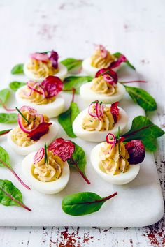 Party Food And Drinks, Chutney, Afternoon Tea, Hummus, Photography Ideas, Panna Cotta, Easter, Student, Holidays