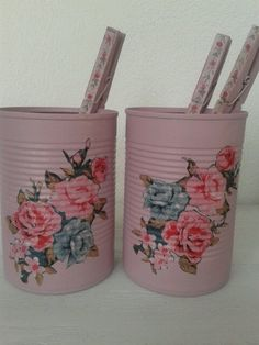 Decorated tin cans decoupage. Chabby chic. Geverfde blikken versierd met servetten.