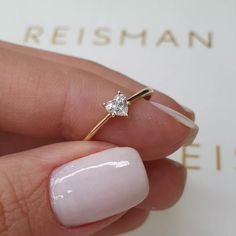 Pinky Promise Ring, Cute Promise Rings, Cute Rings, Emerald Ring Design, Gold Ring Designs, Stylish Jewelry, Cute Jewelry, Jewelry Accessories, Dream Engagement Rings