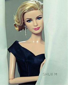 GraceKelly doll