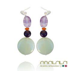 #pendientes con #amatista #cornalina y #crisoprasa #earings #aretes  #accesories #diseñoExclusivo #elegancia #fashion #femenino #fino #gift #guapa #handmade #hautecouturejewelry #instafashion #jewel #joya #joyeria #joyeriadediseño #ladies #MadeinSpain #madrid #magia #MalalaDePerlas