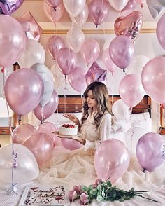Image may contain: 1 person Birthday Girl Pictures, Birthday Ideas For Her, Happy Birthday Photos, Birthday Goals, 25th Birthday Wishes, My Birthday Cake, Girl Birthday, Champagne Balloons, Birthday Room Decorations
