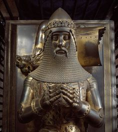 This sculpture in Canterbury cathedral befits a great warrior who embodied medieval England's idea of the perfect knight European History, British History, Black History, History Medieval, Woodstock, Edward The Black Prince, Canterbury Cathedral, Armadura Medieval, Great Warriors