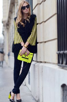 neon purse  @Brittany Gardner made me think of you :)