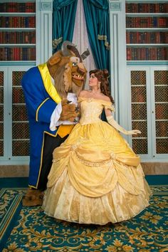 Beauty and the beast ✨ belle costume, belle cosplay, disney dream, disn Belle Cosplay, Belle Costume, Disney Cosplay, Disney Parks, Disney Pixar, Walt Disney, Disney Dream, Disney Magic, Robes Disney