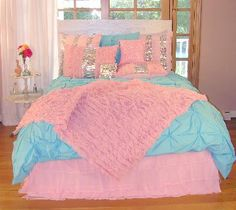 Pizzazz Bedding for Girls and Teens - Pink and Aqua Bedding