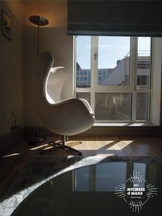 The egg chair in this sun filled living room Interior Design And Graphic Design, Egg Chair, Living Rooms, Interiors, Sun, Furniture, Home Decor, Lounges, Decoration Home