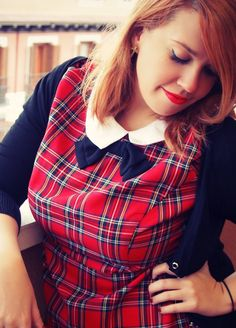 Curvy Weloversize -- why have I always wanted to dress like a private school girl from the 50s?