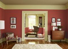 luxus wohnzimmer streichen - grüne wand großes gemälde weiße sofa