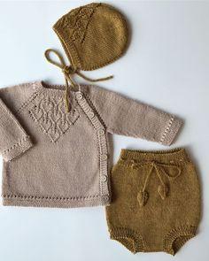 s e p e m p o r b a b y a lad herzklinge trikot Knitting For Kids, Baby Knitting Patterns, Free Knitting, Knitting Projects, Pull Bebe, Diy Bebe, Knitted Baby Clothes, Knitted Baby Outfits, Baby Knits