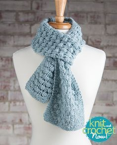 Free Bubble Wrap Scarf Knit Pattern Download -- Designed by KCN Design Team. Featured in Season 5, episode 504, of Knit and Crochet Now! TV. Download here: https://www.anniescatalog.com/knitandcrochetnow/patterns/detail.html?pattern_id=19
