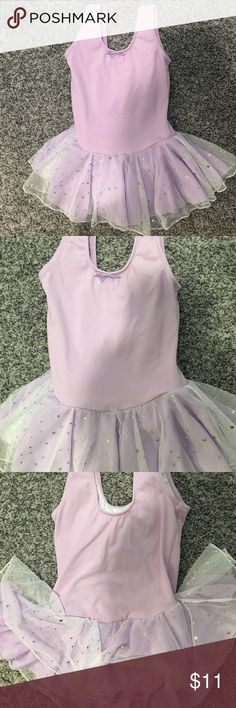 Lavender leotard with sparkling tutu Lavender leotard with sparkling skirt, size 4/5 Costumes Dance