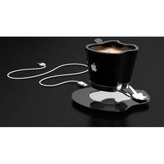 Si eres de esas personas que le gusta beber su café de a sorbos pero odias que se enfríe, la Apple iCup, diseñada por Tomislav Zvonarić, es ideal para ti ya que el plato posee un sistema que mantiene a la taza caliente. Lo único que debes hacer es conectarla al puerto USB en tu computadora.