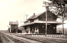 ST-ARMAND, Québec - Railway stations in Central Vermont Railroad Depot-gare