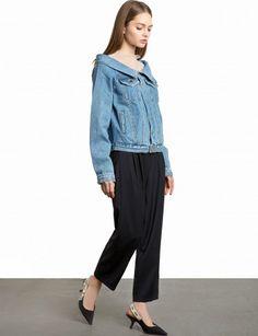 Off The Shoulder Denim Jacket with Side Pockets 100% cottonLength 26.5