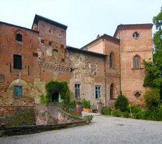 Il Castello — Castello Sannazzaro
