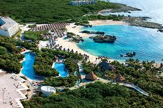 Grand Sirenis Riviera Maya... I think I found our Christmas vacation destination!!!!
