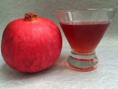 Pomsgiving Cocktail #thanksgiving #POMwonderful #holidaycocktail