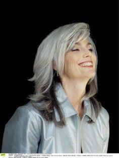 Les 8 meilleures images de coiffure cheveux gris femme 50 ans en 2017 | White Hair, Grey hair et ...