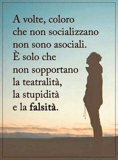 Boda Tutorial and Ideas Peace Quotes, Life Quotes, Johnny Depp Quotes, Favorite Quotes, Best Quotes, Italian Quotes, I Am Sad, Life Philosophy, Magic Words
