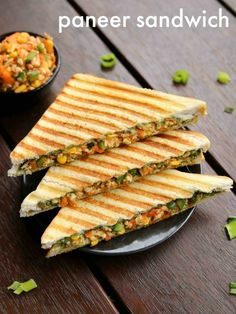 Paneer Sandwich, Grilled Sandwich Recipe, Vegetarian Sandwich Recipes, Veg Sandwich, Easy Sandwich Recipes, Healthy Sandwiches, Healthy Recipes, Indian Food Recipes, Cooking Recipes