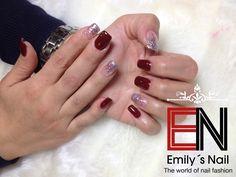 Weinrot Nails, Fashion, Red, Finger Nails, Moda, Ongles, Fashion Styles, Fashion Illustrations, Nail