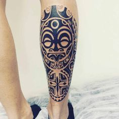 Maori Chest Tattoo Designs by Janser Calve Tattoo, Calf Tattoo Men, Leg Tattoos Women, Mask Tattoo, Tattoos For Guys, Mascara Maori, Tattoo Mascara, Tribal Tattoos, Body Art Tattoos