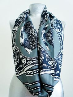 Another handmade Hermes scarf you can buy on Etsy.