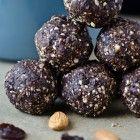 dark chocolate cherry energy bites - Day 22 of my 30 day challenge - Scaling Back