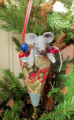 Felt Candy Cone Christmas Mouse