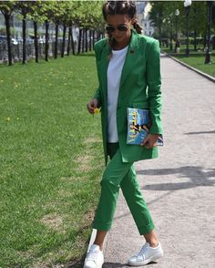 1,373 отметок «Нравится», 8 комментариев — Fashion (@streetstylegallery) в Instagram: «#streetstyle #fashiontrends #stylish #instafashion #styleblogger #styleinspiration #fashion #style…»