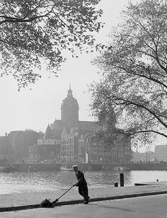 """""""Streetcleaner"""" Amsterdam about 1957. photo: Kees Scherer"""