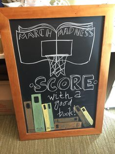 March Madness Library Display: Score with a good book! Library Signs, Library Bulletin Boards, Bulletin Board Display, Library Programs, Library Inspiration, Library Ideas, Reading Display, School Library Displays, Library Science