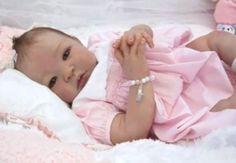 Bebés reborn: ¿conoces a estos muñecos hiperrealistas? | Tener un bebé es facilisimo.com