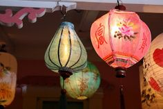 Cafe Chatelaine- Life in Sweet New England: Illumination Night on Martha's Vineyard Garden Lanterns, Lanterns Decor, Paper Lanterns, Decorative Lanterns, Paper Lamps, Style Asiatique, Vintage Lanterns, Vintage Chinese Lanterns, Chinoiserie