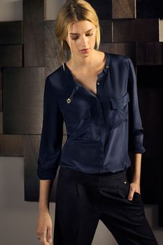 Massimo Dutti España - this outfit but maybe the top in another colour - burgundy?
