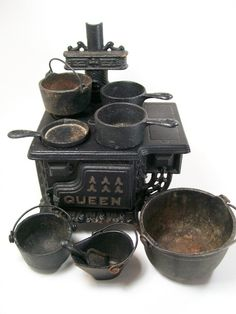 Dollhouse Miniature Queen Stove Salesman Sample by dalesdreams