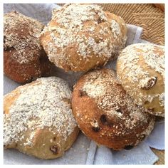 Sugar Free Baking, Gluten Free Baking, Gluten Free Recipes, Bread Recipes, Baking Recipes, Lchf, Dairy Free Bread, Bread And Pastries, Sans Gluten