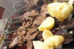 Anticuchos - Brochetas de corazón de vaca - Recetas bolivianas