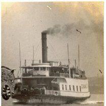 Ferryboat from Aquidneck Island to Conanicut Island