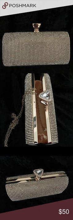 Clutch 👛 Beautiful zircon clutch in gold tone KANGANS Bags Clutches & Wristlets