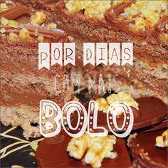 Bolo Chocolate com Nozes: Massa de nozes recheada e coberta com brigadeiro e pedaços de Nozes. #DiNorma  #30anos