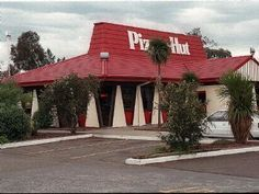 """pizza hut---I I used to love sitting in those booths, when I got my free pesonal pan pizza from pizza huts """" book it"""" program"""