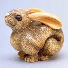 Netsuke - Ivory hare with amber eyes Rabbit Sculpture, Year Of The Rabbit, Japanese Characters, Bunny Art, Japan Art, Maneki Neko, Ivoire, Wood Carving, Illustrations